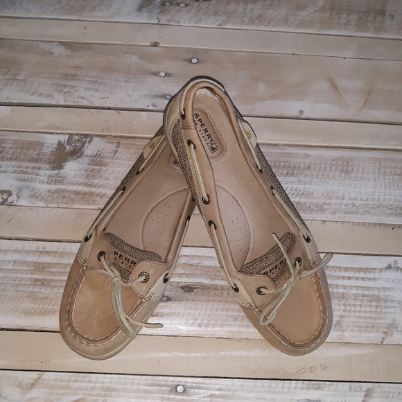 Sperry shoes ladies size 10